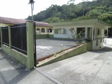Excelente Casa na S�o Pedro