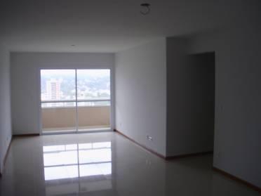 �timo Apartamento no Edif�cio Rodrigo!