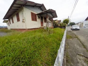 Terreno no Bairro Itoupava Norte, com área total de 352,00 m².