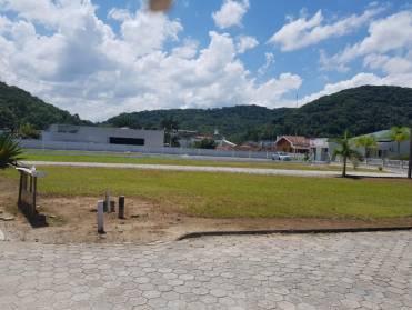 Terrenos - Terreno Plano em Rua Geral - Bairro Paquetá
