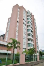 Apartamento Com 03 Dormitórios Sendo 01 Suíte