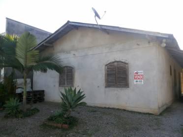 Casa Com 04 Dormit�rios