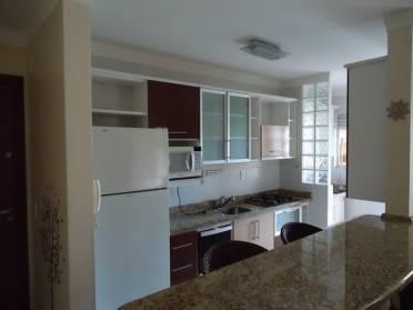 Apartamento Semimobiliado Com M�veis Planejados no 3�andar.