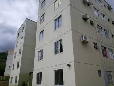Apartamento Com Dois Dormit�rios Por r$ 77.000,00