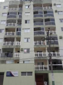 Centro - 3 dormitórios, 2 vagas de garagem