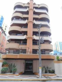 Apartamentos - Ótimo Apartamento em Meia Praia Itapema