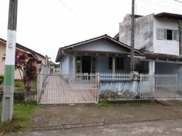 Casas - Casa Com Terreno 100% Aproveitavel