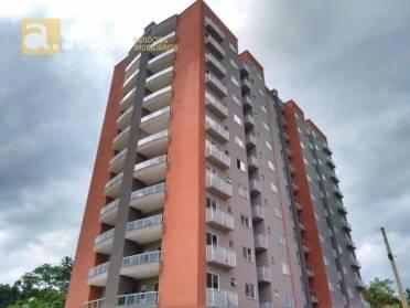Apartamentos - Apartamento Com 2 Dormitórios, Sala de Estar/jantar, Ampla Sacada Com Churr